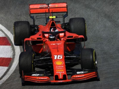 Ferrari_SF90_Looksmart_1f5ecd9ba97b73202