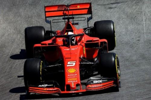 Ferrari_SF90_Looksmart_2