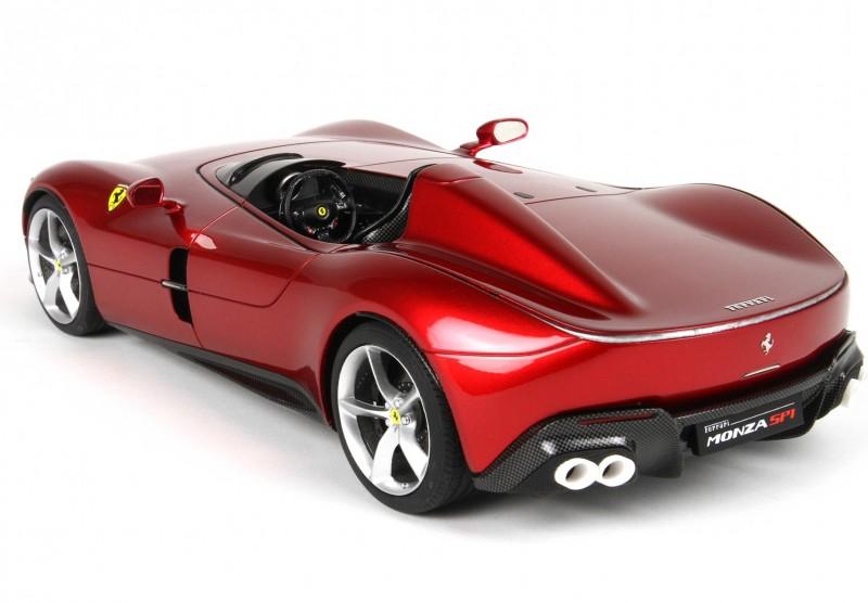 Ferrari_P18164B_y9856975e77001002.jpg