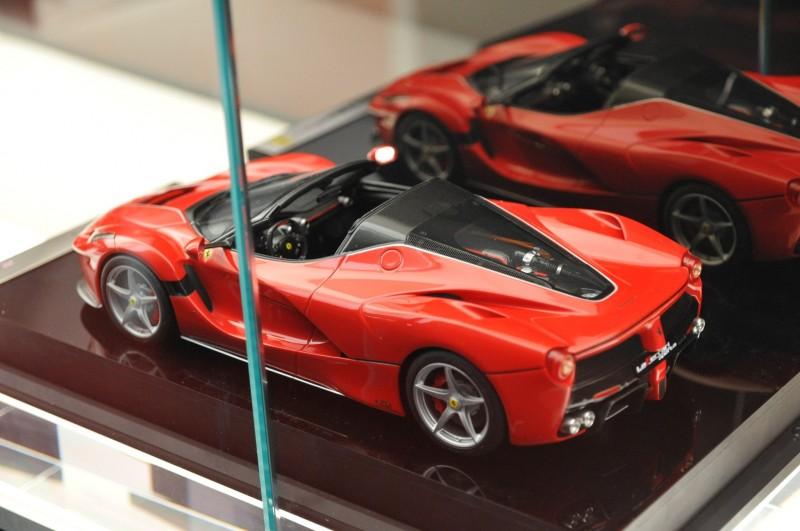 Ferrari_Aperta_Geneva_ppe28f9d4bf03ca9e9.jpg
