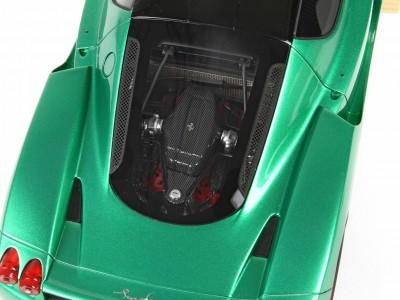 Ferrari_Enzo_P18134MG_tc0b32532d571be89