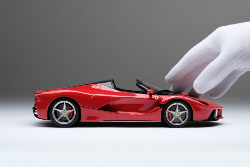 Ferrari_LaFerrari_Aperta_Amalgam_M5905_gygy6c090580853519f4.jpg