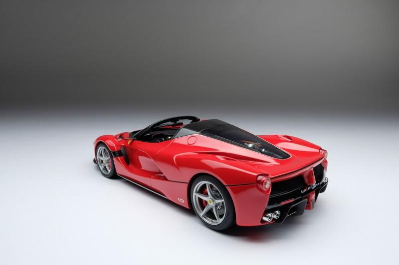 Ferrari_LaFerrari_Aperta_Amalgam_M5905_jhb1fe05b9b8f2a3a22.jpg