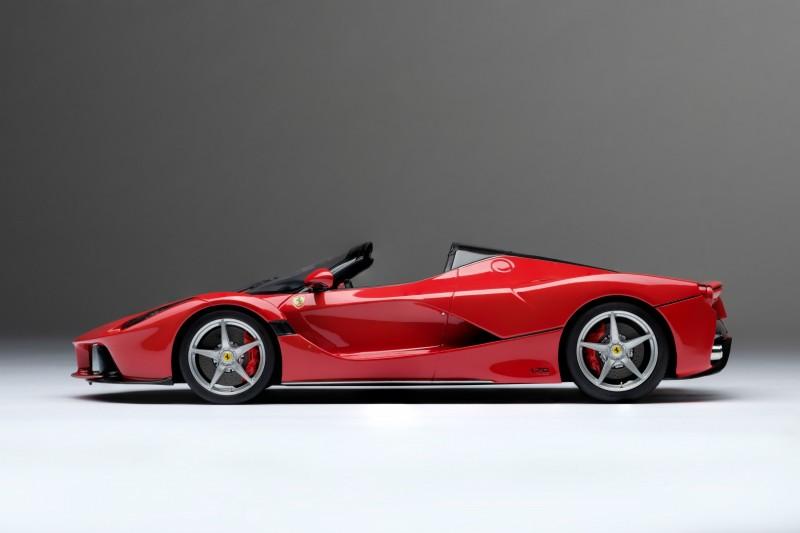 Ferrari_LaFerrari_Aperta_Amalgam_M5905_lkjd7f76ae0d9802a96.jpg