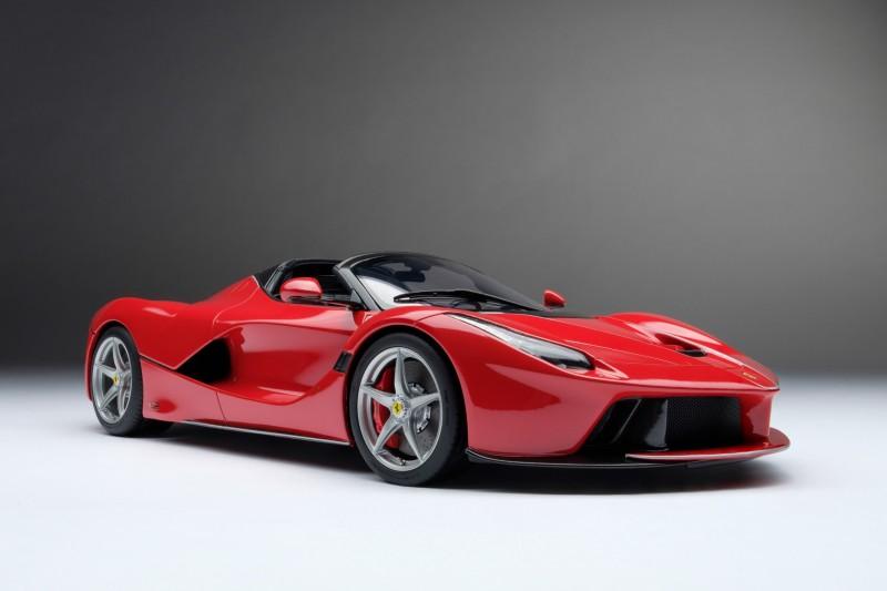 Ferrari_LaFerrari_Aperta_Amalgam_M5905_sdv717575b1236b2606.jpg