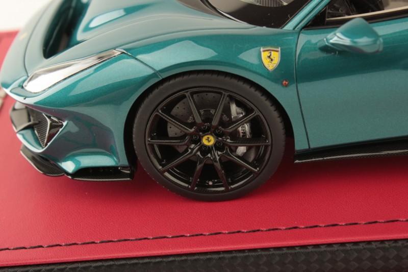 Ferrari_488Pista_FE025SE4_pac73181dee8246b9.jpg
