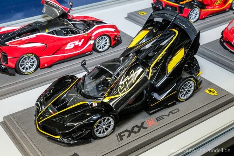 Ferrari_BBR_AUM_dhidhid599c2b7c40cffd6e.jpg