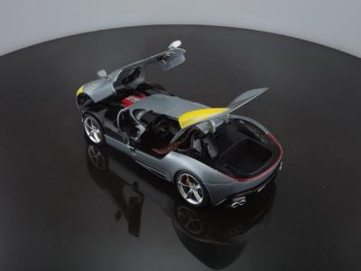 Ferrari_MonzaSP1_Bburago_4_20_6679a5252457804a3