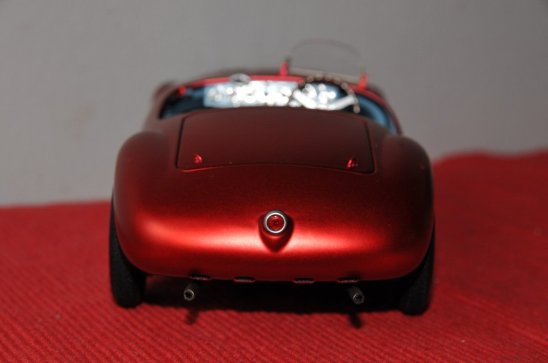 Ferrari-125-S-60Th---Elite-118-14b7895687214f5bb9.jpg