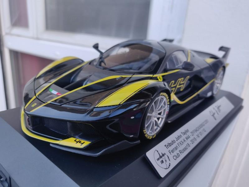 Ferrari_FXXK_Tributo44_Rosso18-7b86b3e197ef9b5d6.jpg